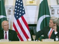 File Photo: Former US Secretary of State John Kerry and Foreign Affairs Adviser Sartaj Aziz at the 2016 Pakistan-US Strategic Dialogue in Washington.