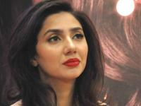Mahira Khan rubbishes reports linking her with Ranbir Kapoor