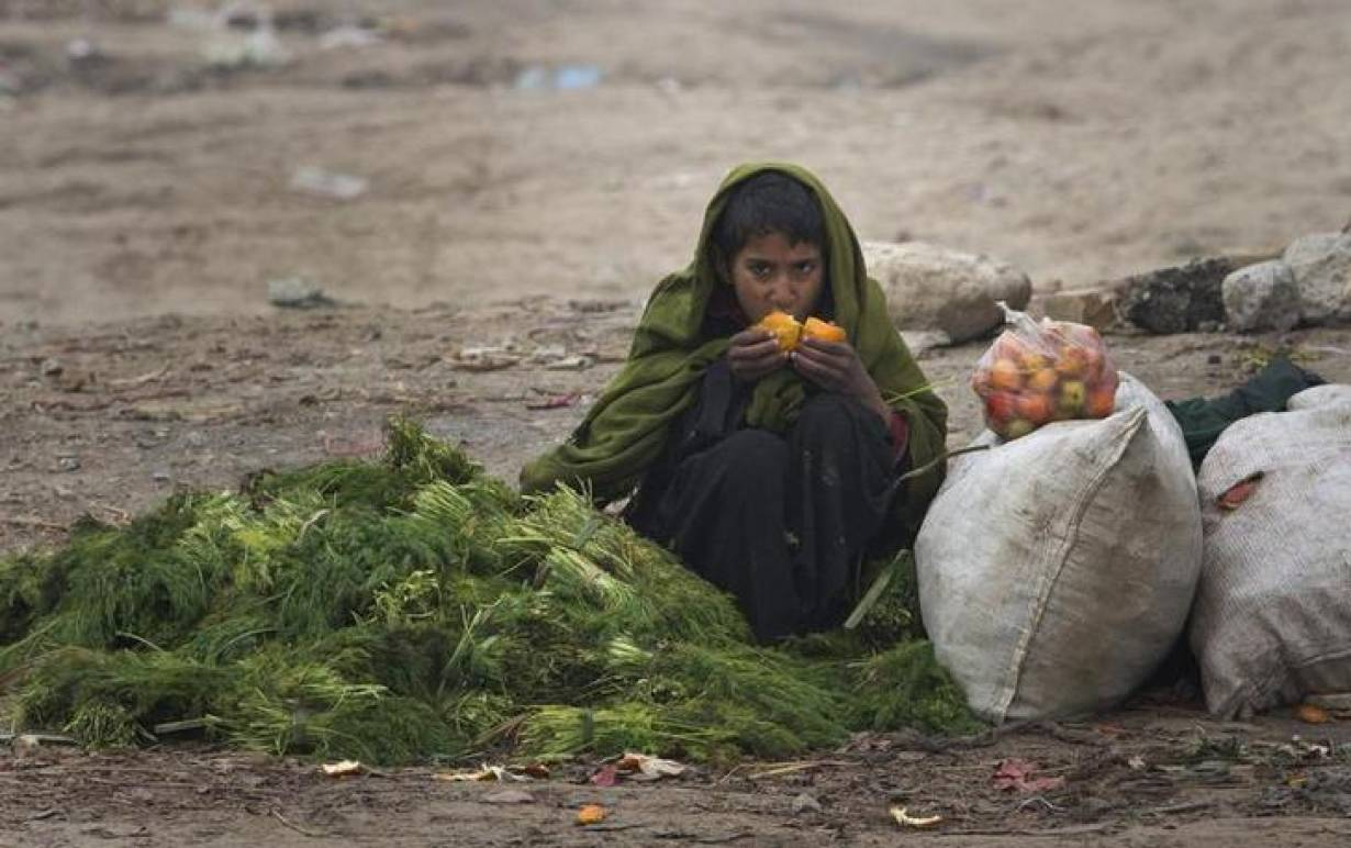 rising food prices in bangladesh causes The government's concern of the impact of rising food prices on the welfare of the poor is quite understandable according to the 2005 household and income expenditure data there are two main reasons for increase in food prices in bangladesh.