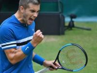 Borna Coric beats Roger Federer to win Halle title