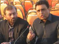 File photo of Farooq Sattar (left) and Khalid Maqbool.