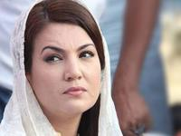 "Reham Khan's war on trolls and ""hate spewing"" anchors in media"